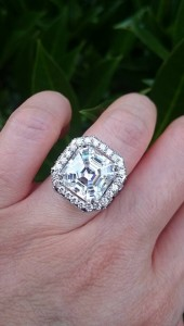 Timeless Extravaganza Asscher Halo, ring size 4, set with an 11mm Amora Gem