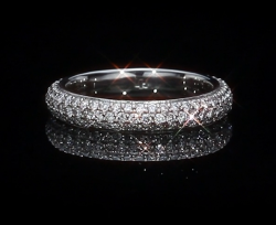 Timeless Arista Wedding Band