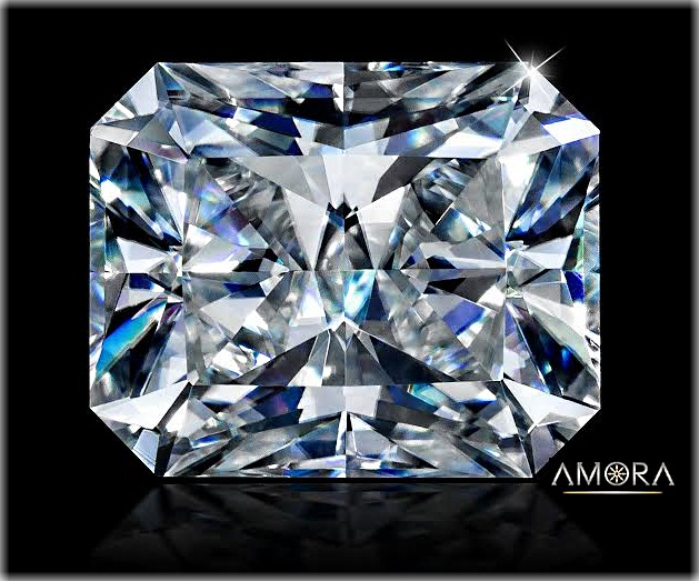 Amora Gem Radiant :  first studio photo. 4.01ct, 10.25x8.29mm F/IF Amora Gem radiant cut, #2004716