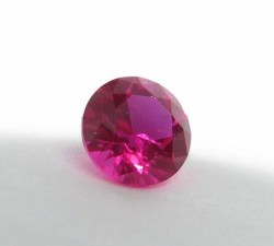 5.5mm Avarra round diamond cut ruby