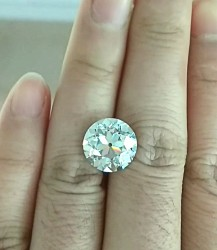Phoenix Moissanite OEC cut